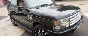 Ranger Rover Metallic Black