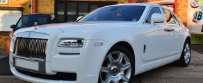 Rolls Royce Ghost  – Gloss White